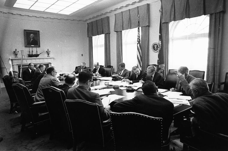EXCOMM_meeting,_Cuban_Missile_Crisis,_29_October_1962